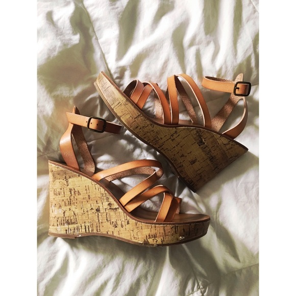 42af292a7c8 Chunky Wedge Tan Brown Strappy Sandals. M 5b155692aa57197642a7a46c